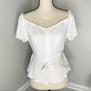 SADIE & SAGE White Dot Short Sleeve Tie Blouse